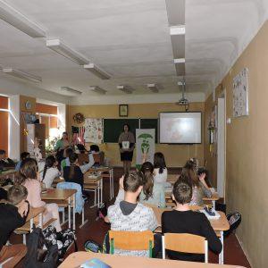 Відкритий урок в школі №128 на тему щеплення для учнів 6 класу